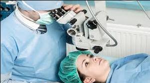 أسباب التهاب العين بعد عملية المياه البيضاء