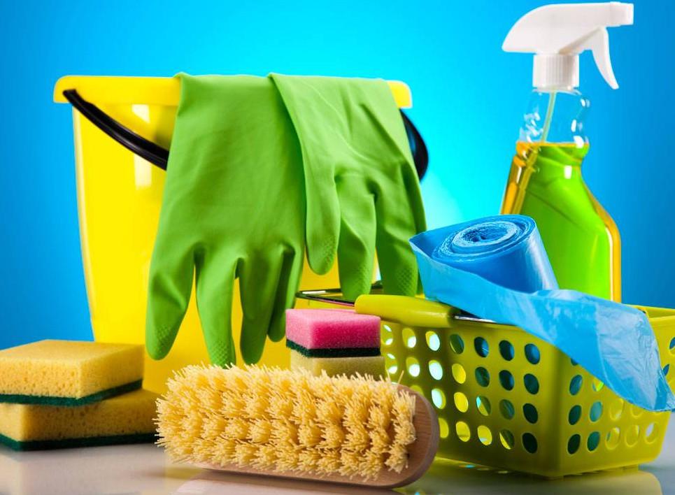 قائمة المنظفات المنزلية المصنعة بمكونات طبيعية 2 - ازالة اصعب البقع من الملابس البيضاء والملونة