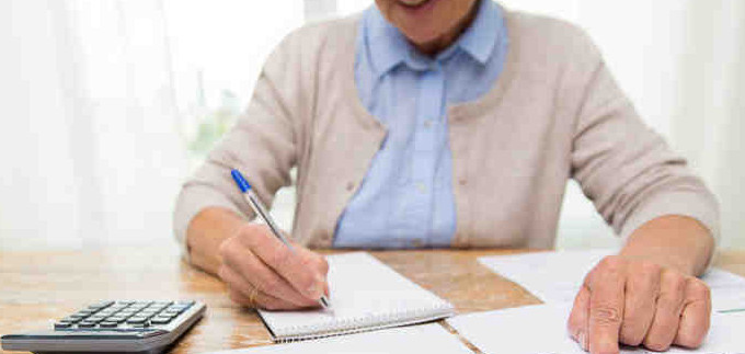 كيفية تنظيم ميزانية المنزل في أول شهر للدراسة