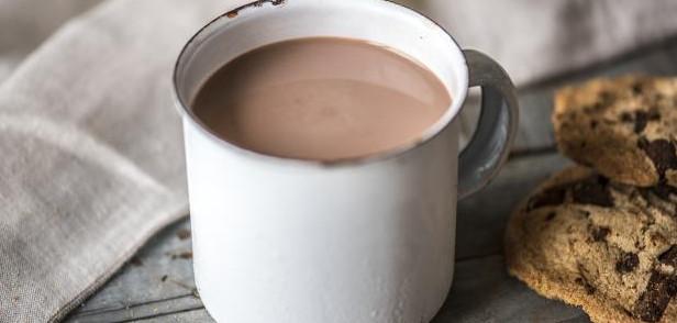 فوائد واضرار مشروب الكاكاو