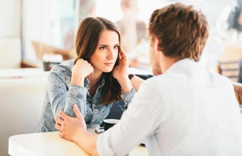 لغة العيون عند الرجال والحب الصامت