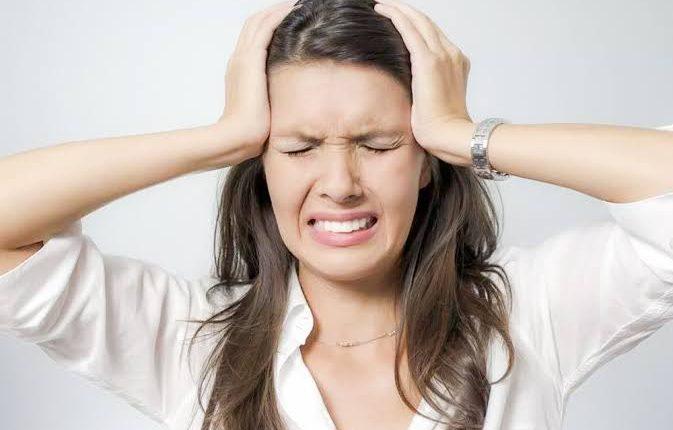 هل الصداع من اعراض الحمل