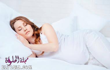 وضعيات النوم للحامل بالترتيب حسب كل شهر