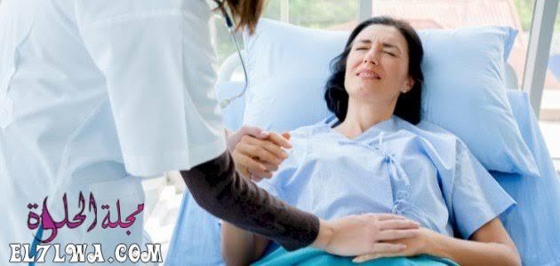 أعراض الحمل خارج الرحم بعد الدورة باسبوع